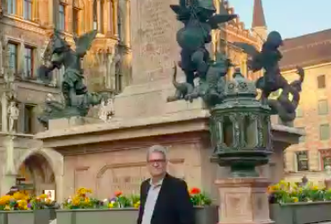 München Stadt & Oper mit Mr. Bear